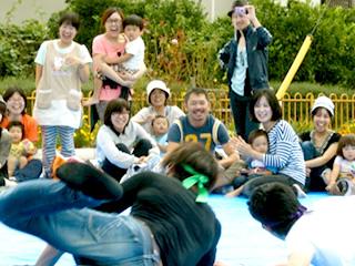 クラス対抗父母の輪っか取りゲーム